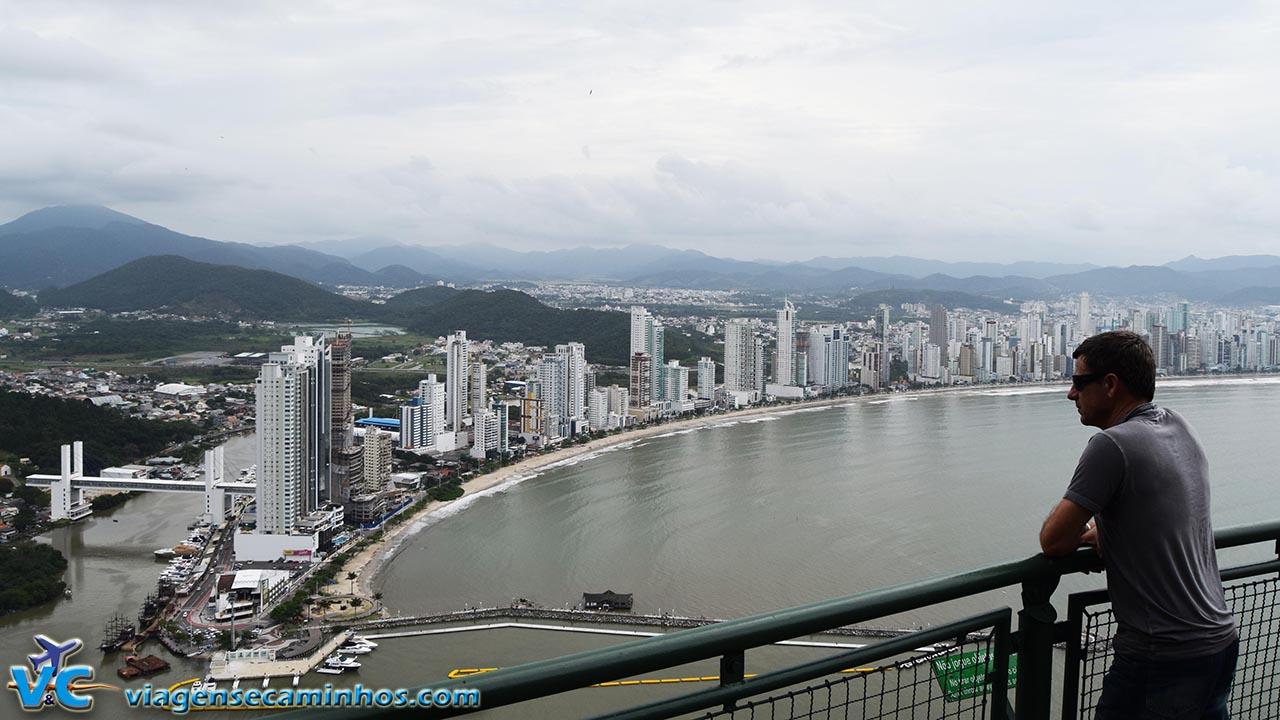 Mirante do parque Unipraias - vista de Balneário Camboriú