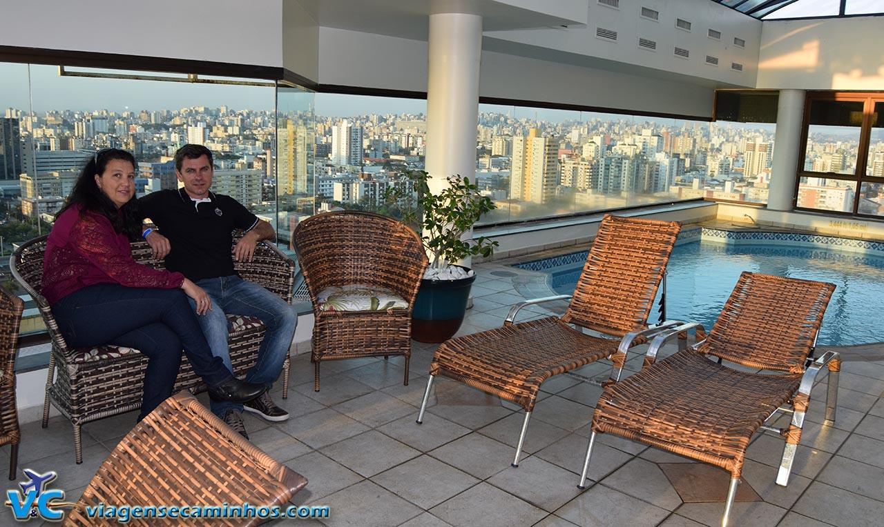Curtindo a cobertura do hotel Blue Tree Porto alegre