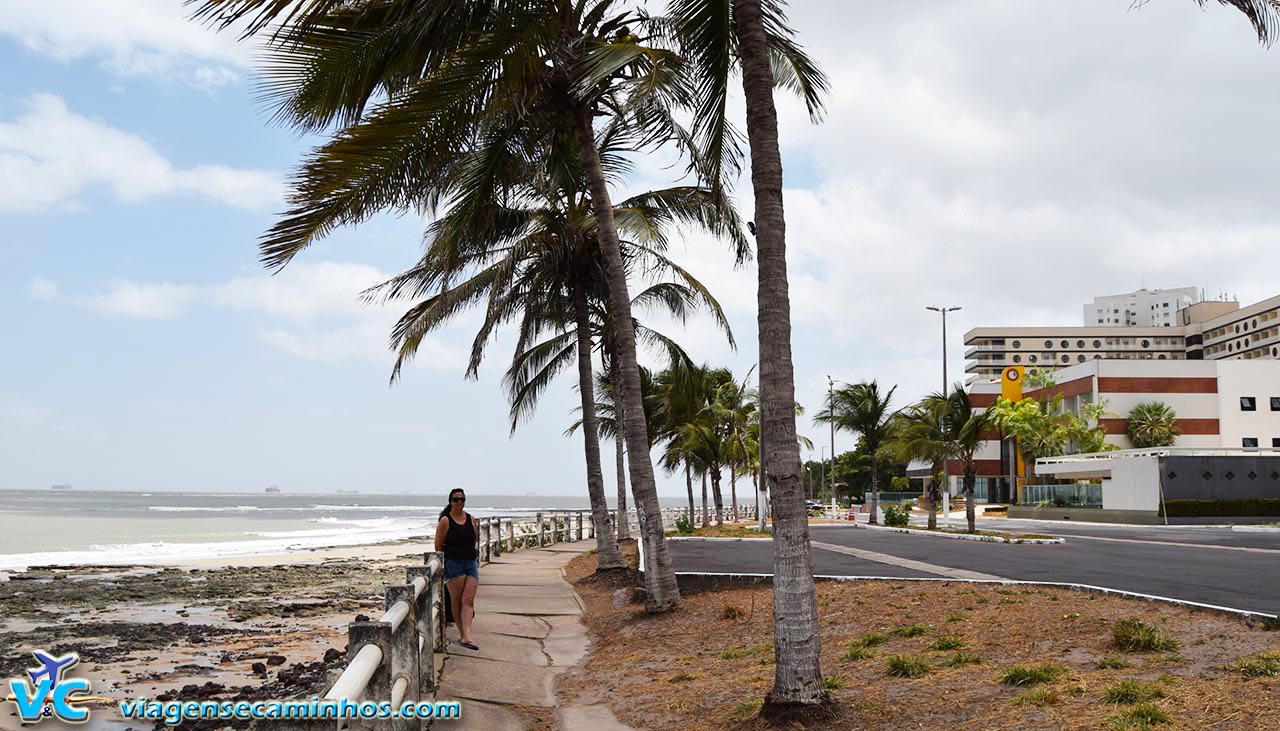 Ponta d'Areia Hotel Brisamar ao fundo