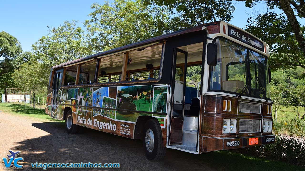 Ônibus da Rota do Engenho - Piratuba