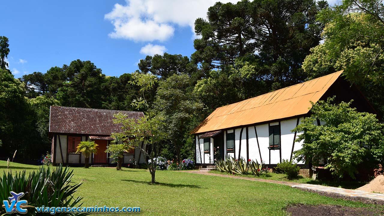 Casas enxaimel do Castelinho Caracol