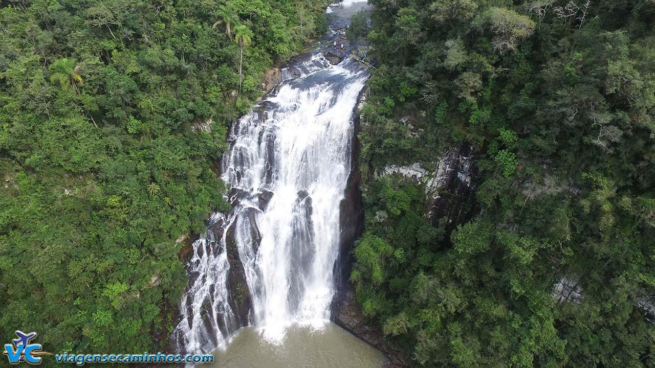 Voo DJI Phanton 3 Advanced, na cachoeira da Usina, em Campestre da Serra - RS