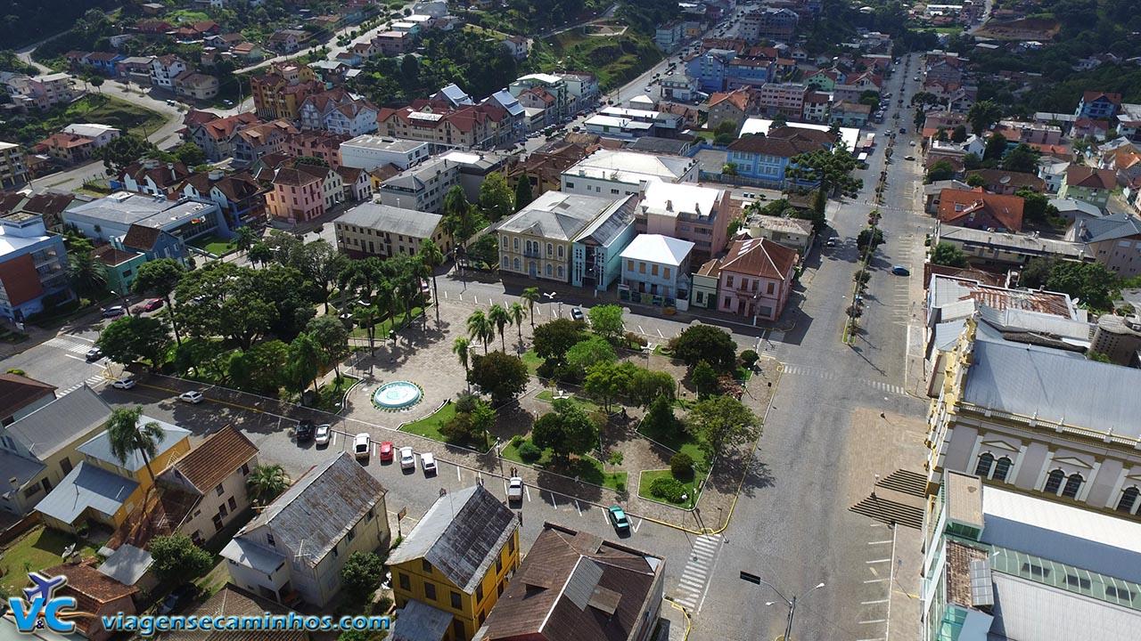 Vista aérea (drone) do centro de Antônio Prado
